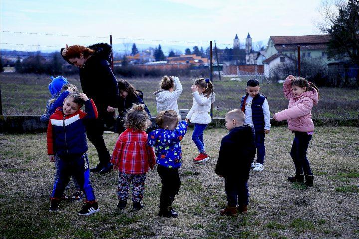 Covid-19 در کوزوو: کودکان و قفل شدن / کوزوو / مناطق / خانه