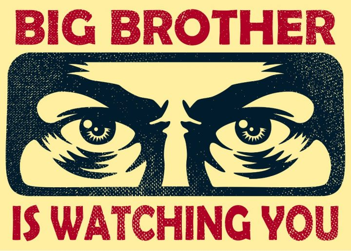 """""""برادر بزرگ"""" ، که نشان دهنده شکنندگی دموکراسی آلبانیایی / آلبانی / مناطق / خانه است"""